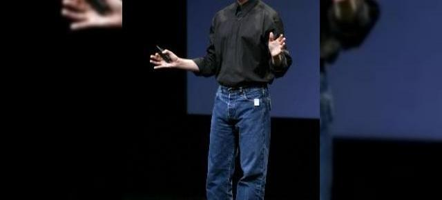 Steve Jobs a murit, traiasca Steve Jobs!