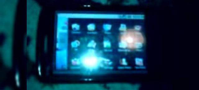 Android ruleaza pe HTC Touch HD si laptopul HP 2133 (Video)