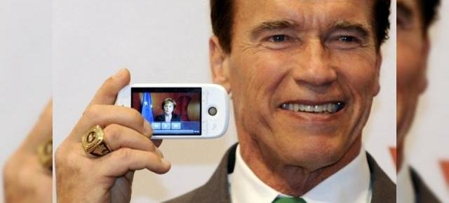 HTC Magic, surprins in mana lui Arnold Schwarzenegger