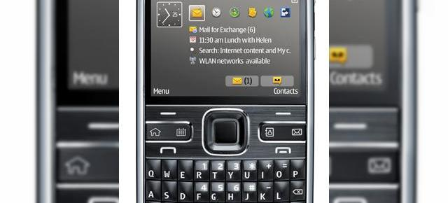 Nokia E72, disponibil acum in magazine!