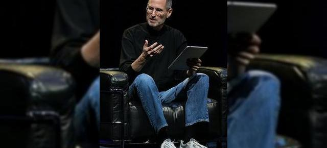Steve Jobs ataca Adobe Flash: tehnologia scade viata bateriei pe iPhone, iPad