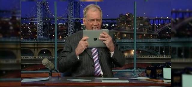 Apple iPad ajunge in mana lui David Letterman, folosit drept tocator de Stephen Colbert (Video)