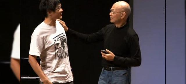 Steve Jobs, clonat in China?! (Video)