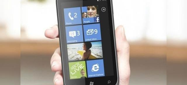 ZTE Orbit - telefon de buget cu Windows Phone