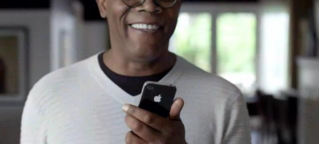 iPhone 4S și Siri promovate de două vedete de la Hollywood: Samuel Jackson și Zooey Deschanel (Video)