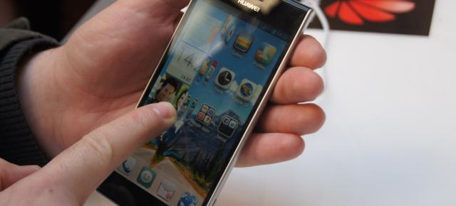 MWC 2013: Huawei Ascend P2 hands on, realizat În Barcelona! (Video)