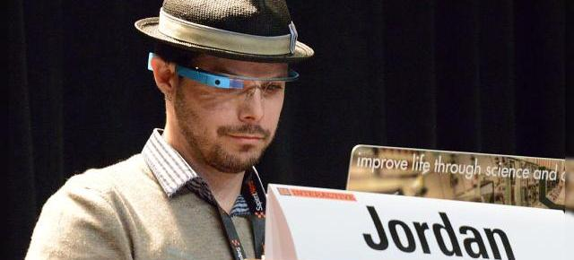 Primele aplicații și funcții software ale lui Google Glass detaliate la SXSW 2013 (Video)