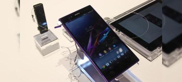 IFA 2013: Sony Xperia Z Ultra hands on - cu mâna pe un smartphone gigant (Video)
