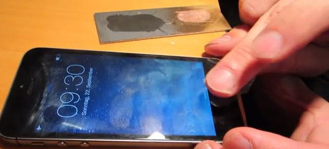 Scannerul de amprente Apple Touch ID a fost deja hackuit (Video)
