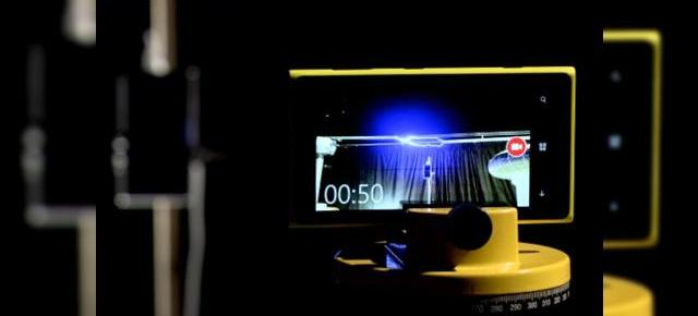 Nokia Lumia 925 alimentat de un fulger creat artificial (Video)