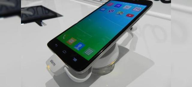 MWC 2014: Alcatel One Touch Idol X+ hands on preview - un octa core solid de 2 GHz (Video)