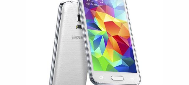 Samsung Galaxy S5 Mini lansat oficial; vine cu display HD de 4.5 inch, scanner de amprente și senzor cardiac