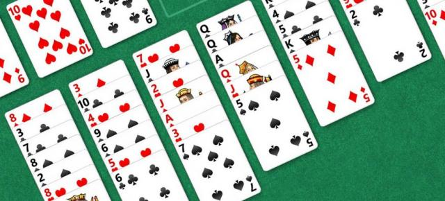 Solitaire revine preinstalat pe Windows 10 după absenţa din Windows 8