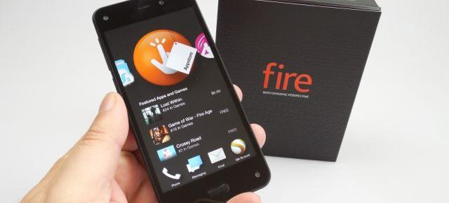 Amazon Fire Phone Unboxing: telefonul cu interfaţa 3D e ambalat ca un BlackBerry (Video)