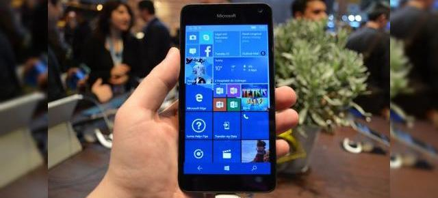 MWC 2016: Microsoft Lumia 650 prezentare hands-on - model entry level Windows 10 Mobile cu greutate scăzută