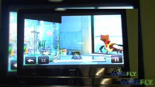 <b>HTC Incredible (Droid) isi prezinta functia TV out (Video)</b>Cel mai celebru terminal HTC in aceste zile este nou-venitul Incredible, cunoscut si ca Verizon HTC Droid Incredible sau pur si simplu Droid Incredible. Handsetul a poposit recent la sediul celor de la Wirefly, unde i-a fost prezentat functia TV out, cu...